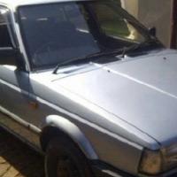 Nissan sentra 1300
