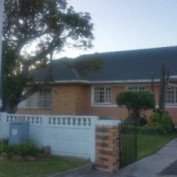Grassy Park house for sale