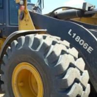 Bell front-end loader, at reduced price