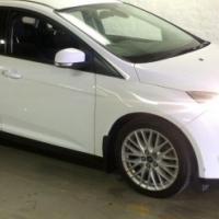 2011 Ford Focus 2.0 GDi Trend Powershift - 102000km