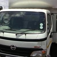 Toyota Hino 300 2012 FSH