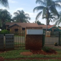 House to rent in Hesteapark - N970
