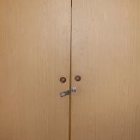 Dubbel deur Hangkas/ Cupboard Neg R1600