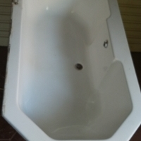 White Barth Tab very good condition L1.88mm x W 900mm x D 500mm for sale  Pretoria East