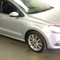 2014 Volkswagen Polo 1.2 TSi Highline - 56000km