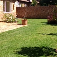 Lovely 2 Bed 2 Bath townhouse to rent in Olivedale area - 1 Dec 2016