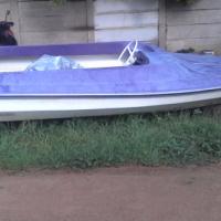 Euinrude 135 speedboat