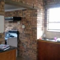 Garden flat to rent in Capital Park - N838