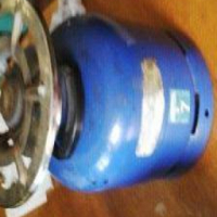 3kg Cadac Gas Cylinder (with gas) and cooker hood