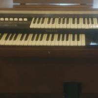 Yamaha Electone Organ 205D Electric Electronic Keyboard Piano