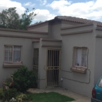 Spacious Full Title Townhouse in quiet Estate for sale.