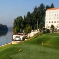Riviera on Vaal (BON Hotel). Fri/Sat nights for 2. D,B & B.