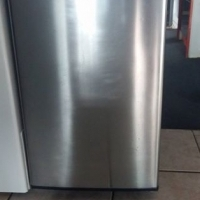 Salton bar fridge