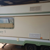 1989 gypsey 5 double axle good condition