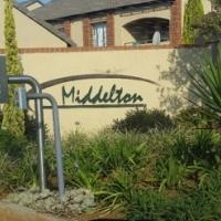 2 bedroom bottom unit in Middleton, Mooikloof Ridge Available 1 December 2016