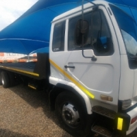 2005 Nissan UD95 - rollback truck for sale