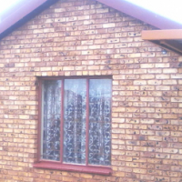 2 bedroom face-brick house in Mahube Valley ext 3