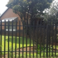 Large family home in Kempton Park