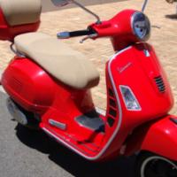 Vespa GTS 300ie Super - Only 970 Kms