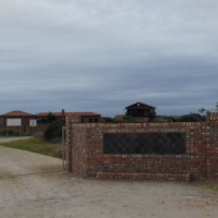 Colchester / Riverside Park 718m2 REDUCED to R120 000