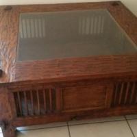 Wood coffee table - square shape