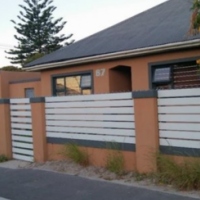 3 Bedroom House for sale, Athlone!