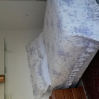 Stunning room ensuite, private entrance, secure parking. Room very private