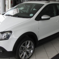 2015 Volkswagen CROSS Polo 1.2 Tsi