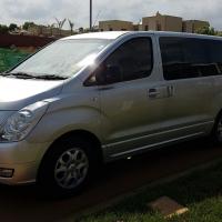 2010 Hyundai H1 9 seater 2.4gls