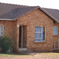 Town House for rental in Grobler Park Witpooortjie