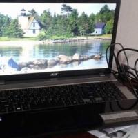 Acer Aspire laptop for sale.
