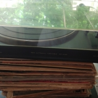 Akai Turntable for SALE