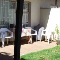 Market ready 2 bedr townhouse in Hospital Park, bfn