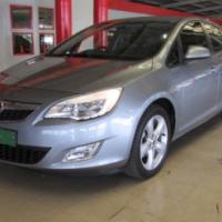 Opel Astra Eco tec Turbo 2012