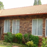 2 Bedroom Unit in Karenpark – R765 000 for sale  Pretoria North
