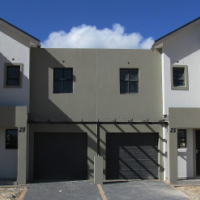 New Upmarket Duplex Townhouses in Buh-Rein Estate - No Costs