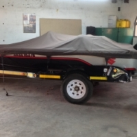 Crackleback 500 bass boat
