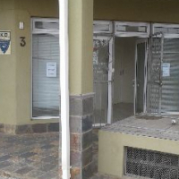 Office to rent: 77 m2. - Immediately available. Neptunes Terrace SHOP 3