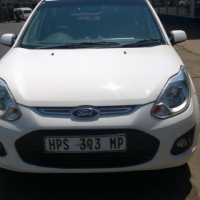 GIVE AWAY: 2015 Ford figo with 15000km for R 79000.00!  This is a very good car in superb condition,