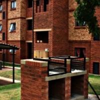 Upmarket 2 bed Apartment, Olympus, Pretoria East, Newly built complex.