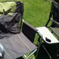 2 camping chairs like new valued at 1600