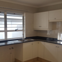 Stunning, Spacious 2 Bedroom Townhouse to let - Douglasdale