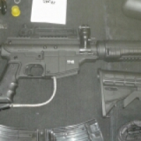 TippMann Bravo One Elite Paintball Gun swop