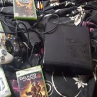 xbox 4 games. 2 remotes.. 250 gb hard drive