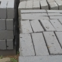 Stock and Maxi Bricks for sale