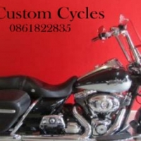 This Magnificant Low Kilometer Roadking Loaded with Extras is Selling for a Song!