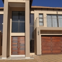 To Let: Furnished 4 Bedroom House in The Meadows Estate, Hazeldean, Pretoria East