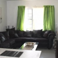 Room to let in a 2 bedroom flat - Amberfield