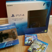 Brand New PS4 1TB + 2 controllers + FIFA 17 + Ratchet & Clank