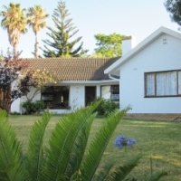 Somerset West, Western Cape,  3 Bedroom house for sale.